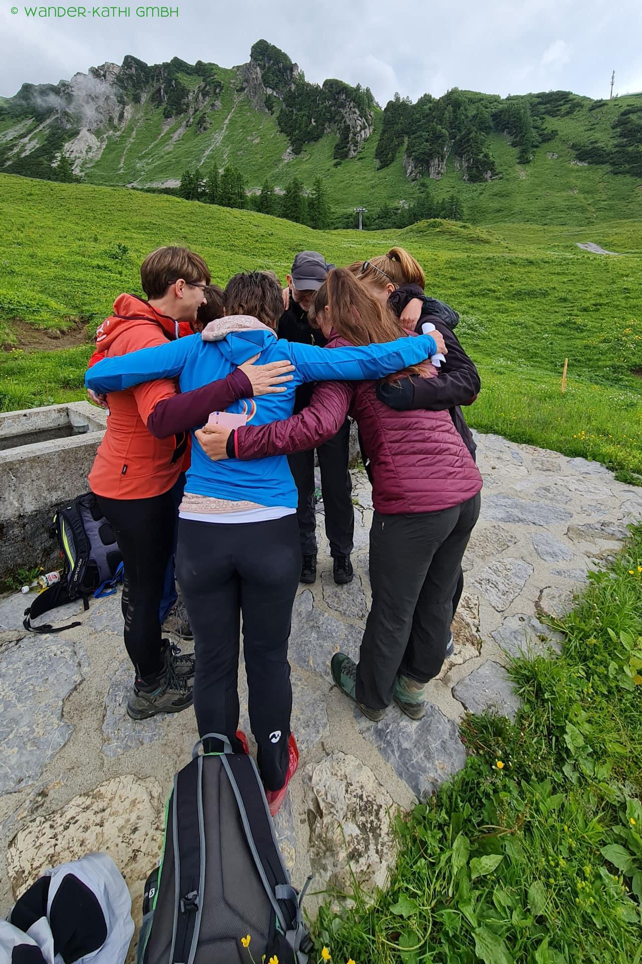 liechtenstein-wandern-teambuilding-harmonie-wander-kathi